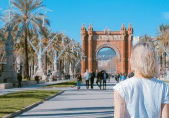 Eine Frau auf Reisen